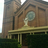 Photo taken at Sacred Heart Cathedral by Maya on 3/25/2016