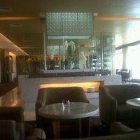 Photo taken at Executive Lounge Royal Ambarrukmo by Agus S. on 2/25/2013