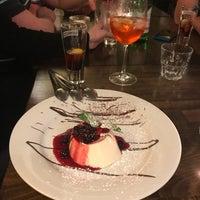 12/1/2017 tarihinde Stephanie H.ziyaretçi tarafından Papaleo Pizzeria'de çekilen fotoğraf