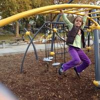 Das Foto wurde bei Ross Park von Val Rie S. am 11/11/2013 aufgenommen