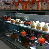 Foto scattata a Made Creative Bakery da Federico C. il 11/1/2012