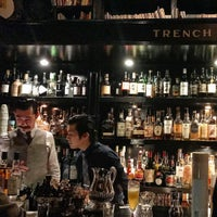 12/2/2016 tarihinde Andy S.ziyaretçi tarafından Bar Trench'de çekilen fotoğraf