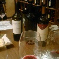 Foto tomada en Wine O'clock por @ezequielmolina el 4/21/2015