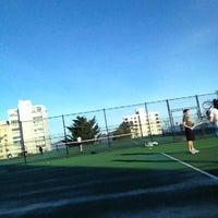 12/9/2012 tarihinde Robert (RJ) Y.ziyaretçi tarafından Alice Marble Tennis Courts'de çekilen fotoğraf