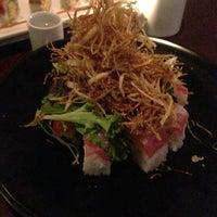 Photo prise au Azuki Sushi par Brendan M. le12/23/2012