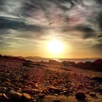 Foto tirada no(a) Praia da Tartaruga por Eric O. em 12/11/2012