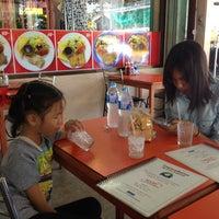 Photo taken at Im-A-Roi Restaurant (อิ่มอร่อย) by Surat K. on 8/18/2013
