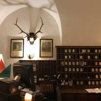 Das Foto wurde bei Hotel Goldener Hirsch von Haiz N. am 12/17/2017 aufgenommen