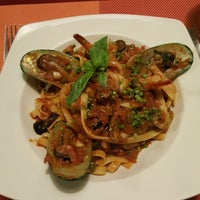 Photo taken at Buon Giorno! Caffe & Bistro by Gil G. on 8/30/2016