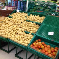 Photo taken at Carrefour Bairro by André on 1/18/2013