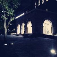 Photo taken at 서울시립미술관 경희궁분관 by Yedam L. on 9/27/2012