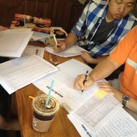 Photo taken at Caffé bene by Woo Jeen L. on 9/15/2012