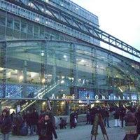 Photo taken at Paris Montparnasse Railway Station by Max Wa B. on 12/24/2015
