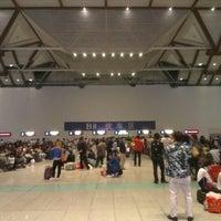 Foto tirada no(a) Suzhou Railway Station (YUQ) por Eelco v. em 10/4/2012