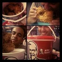 Photo taken at Kentucky Fried Chicken by Felipe P. on 1/20/2013