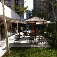 Foto tirada no(a) Brascan Open Mall por Felipe P. em 9/15/2012