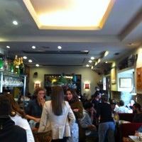 Foto tomada en Café Oliver por Blanca O. el 10/14/2012