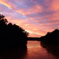 10/3/2012 tarihinde Christina W.ziyaretçi tarafından Chattahoochee Trail'de çekilen fotoğraf