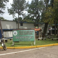 Foto tomada en Circulo Militar San Cristóbal por Adrian F. el 6/29/2013