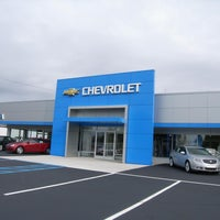 Photo taken at Urka Auto Center by Urka Auto Center on 11/17/2014
