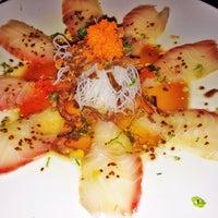 Foto diambil di Runa Japanese Restaurant oleh Tracy M. pada 1/12/2014