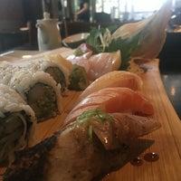 Foto diambil di Runa Japanese Restaurant oleh Tracy M. pada 9/30/2016