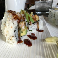 Foto diambil di Runa Japanese Restaurant oleh Tracy M. pada 2/23/2016
