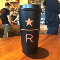 Das Foto wurde bei Starbucks von Terrell S. am 2/27/2018 aufgenommen