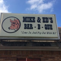 Photo taken at Mike & Ed's Bar-B-Q by Terrell S. on 8/30/2014