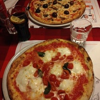 Foto scattata a Pizzeria da Mario da Valentina P. il 4/13/2014