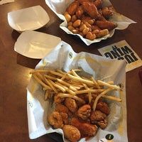 Photo taken at Buffalo Wild Wings by tattep r. on 8/1/2016