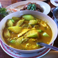 Photo taken at ร้านอาหารบ้านโรงสีไฟ by Pa~Pla🌹💐 on 11/2/2012