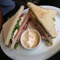 Снимок сделан в Jam Café пользователем Philip C. 11/14/2012