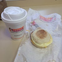 Photo taken at Dunkin' Donuts by Tomás A. on 3/5/2014