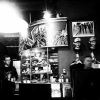รูปภาพถ่ายที่ Fidel's Cafe โดย Ban Heng C. เมื่อ 12/14/2012