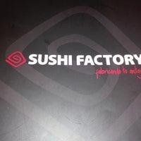 Foto tomada en Sushi Factory por Sergio V. el 10/22/2017