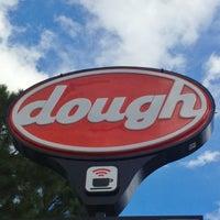 Photo prise au Dough par Julius Droolius le5/29/2013