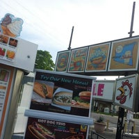 Photo taken at Chick-Inn Drive In by Deborah E. on 5/11/2014