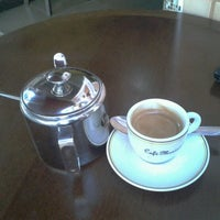 Photo taken at Café e Lanches Menininha by Collins F. on 4/30/2013