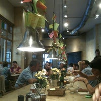 Photo taken at Le Pain Quotidien by Alejandro O. on 10/7/2012