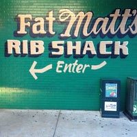 Foto scattata a Fat Matt's Rib Shack da Jason S. il 6/17/2013