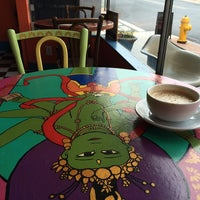 Photo taken at Rooster's Hava Java by Helen D. on 6/30/2014