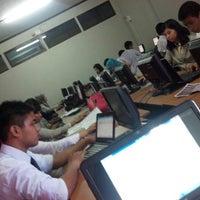 Photo taken at STIM NITRO Makassar by ReshaWeb I. on 11/27/2012
