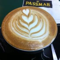 Foto scattata a Café Passmar da Gabox il 12/26/2012