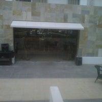 Photo taken at Restaurante Beirut by Machi S. on 4/21/2013