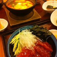Photo taken at OOTOYA (โอโตยะ) 大戸屋 by Juthamanee H. on 3/25/2013