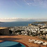 2/16/2013 tarihinde cem s.ziyaretçi tarafından The Marmara Hotel'de çekilen fotoğraf