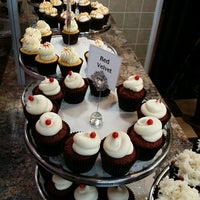 Photo taken at Pink Frosting Cupcakes by Mark A. on 1/23/2014