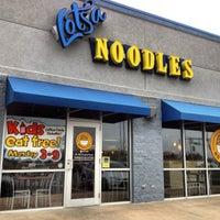 Photo taken at Lotsa Noodles by Sherri H. on 3/22/2013