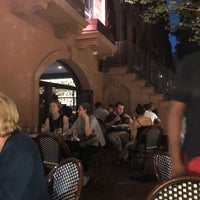 Foto tomada en Imani Caribbean Kitchen & Bar por Elsa J. el 6/2/2018